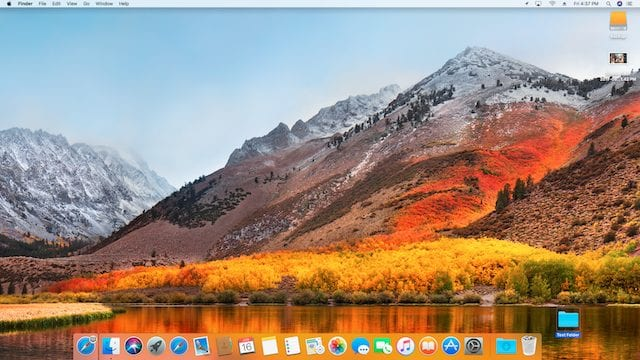 The beautiful default wallpaper of High Sierra