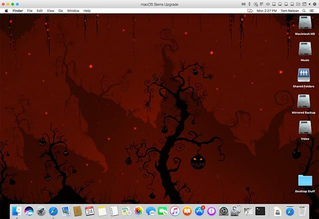Halloween Desktop wallpaper courtesy of vladstudio