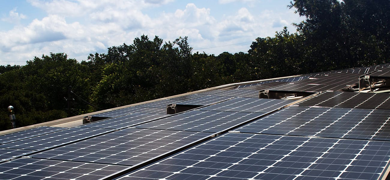 Solar array on the roof of OWC company headquarters